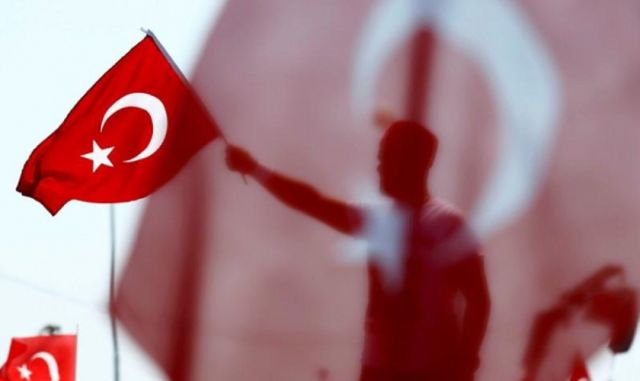 Milícias jihadistas e nacionalistas turcas impedem que chegue água potável a uma região onde ela não existe e onde vivem refugiados cristão e outras minorias religiosas e étnicas.