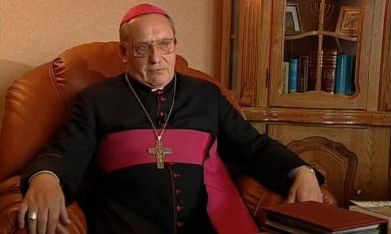 Sem explicações, a República da Belarus impediu que o arcebispo de Minsk-Mahilioŭ, Dom Tadeusz Kondrusiewicz, retornasse a seu país após uma viagem oficial ao exterior.
