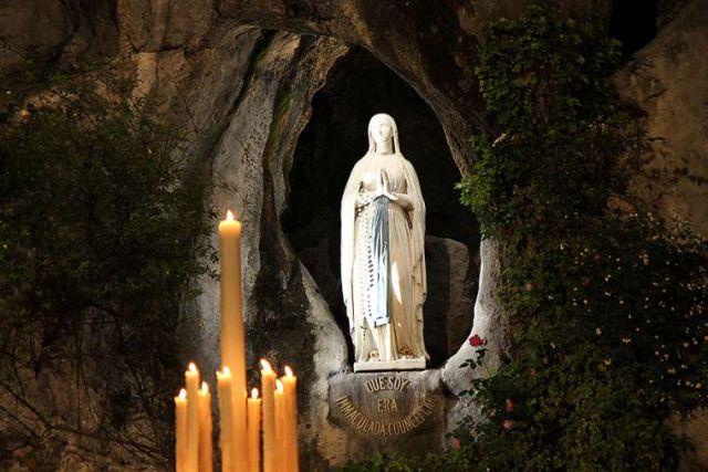 Santuário de Lourdes lança grande novena de oração contra o coronavírus