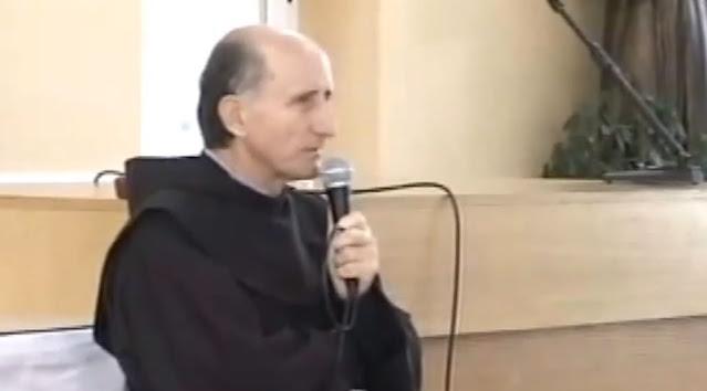 """Tomslav Vlasic está proibido de """"participar –de qualquer forma– como ministro na celebração da Eucaristia ou qualquer outra cerimônia de culto público."""