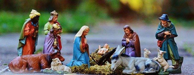 christmas-crib-figures-1060026-640