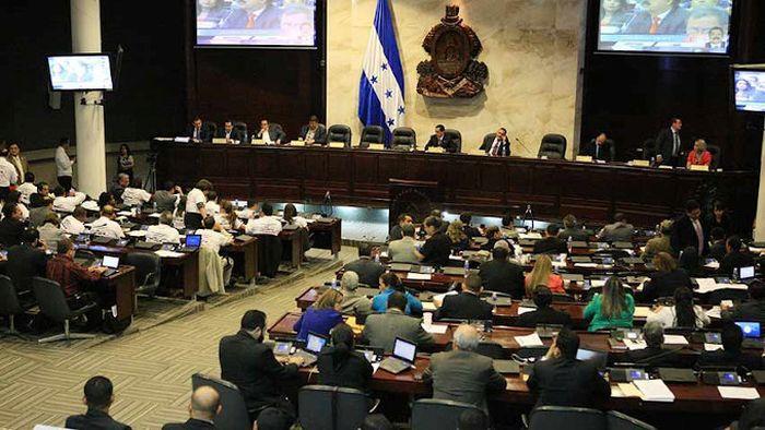 """Congresso Nacional Hondurenho aprovou reforma constitucional que protege a proibição absoluta do aborto e estabelece """"Escudo contra o aborto em Honduras."""