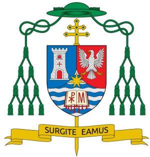 Dom Javier Del Río, arcebispo de Arequipa acusa o governo do Peru de violar a dignidade dos peruanos ao decretar o fechamento de todos os templos.