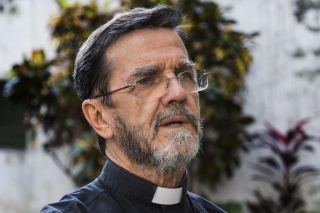 O Papa achou melhor que eu saísse de Moçambique e fosse trabalhar em outro lugar, afirma Dom Luiz Lisboa.