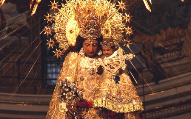 Governo de Valência proíbe realização da Peregrinação da Virgem dos Desamparados e das Ofertas Florais, mas Vigário Geral afirma que os atos religiosos serão realizados.