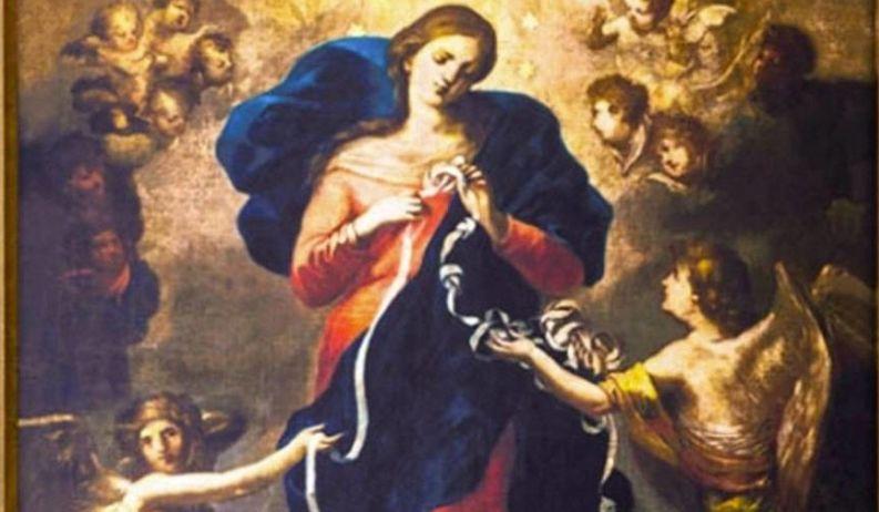 """A escolha desta invocação a Maria visa ser uma oração para que a Virgem Maria """"interceda para 'desatar' os sofrimentos que assolam o mundo neste momento""""lógicas e sociais""""."""