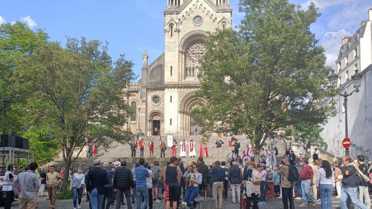 No último sábado, uma procissão organizada por Paróquias francesas em memória dos mártires da Comuna de Paris foi atacada por militantes anticatólicos.